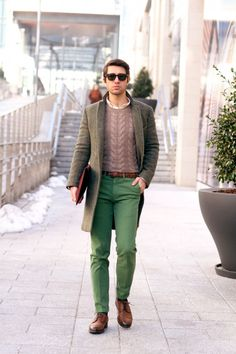 How To Combine Green Pants