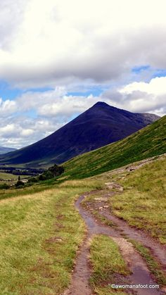 Solo hiking the West Highland Way. Part 2 - from Inverarnan to Inveroran. awomanafoot.com