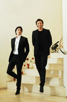 Daniel Henny and Hugh Jackman. Two handsome men in one room is too much to handle.