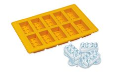 Lego keeps your drink cool!