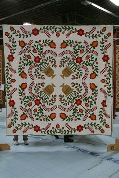 How cool is this quilt??? LOVELY quilt design!
