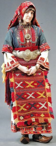 Traditional bridal/festive costume from the Pirin Sandanski area (Bulgarian Macedonia). 19th century & first half of the 20th century. Many features of this costume are similar to the traditional bridal outfit of Türkmen villages in northwestern Anatolia.