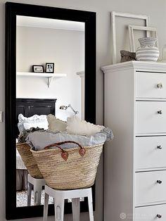 01-kotivinkki-koti-valkoinen-kerrostalo-sisustus-interior-photo-krista-keltanen-05