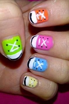 Dress up your nails! @Luuux