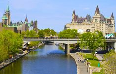 Summer time of the Rideau Canal a UNESCO World Heritage Site. Which is worlds largest outdoor skating rink in winter time Rideau Canal Skateway is Km Ottawa Tourism, Canada Tourism, Quebec, Capital Do Canada, Montreal, Vancouver, Toronto, Ottawa Ontario, Ottawa Canada