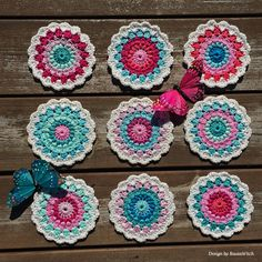 Coasters - Design by BautaWitch Free pattern in my blog! Welcome!