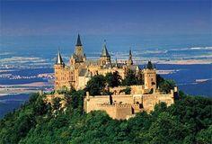Burg Hohenzollern im Sommer