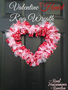 DIY Valentine Heart Rag Wreath - Housewives of Riverton - Diy Craft - Well it's finally February the month for love! If you haven't already it's officially time to - Valentines Bricolage, Easy Valentine Crafts, Valentine Day Wreaths, Valentines Day Decorations, Valentine Ideas, Printable Valentine, Homemade Valentines, Valentine Gifts, Kids Valentines