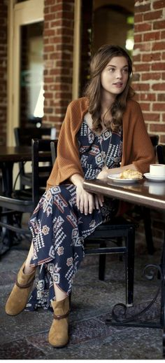 Boho Chic….what a boho grovite would wear on a chilly day in #coconutgrove
