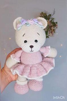 Crochet Teddy Bear Pattern, Crochet Baby Toys, Crochet Doll Pattern, Crochet Patterns Amigurumi, Crochet Animals, Crochet Dolls, Baby Knitting, Stuffed Animal Patterns, Crochet Projects