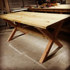 Put the finish on and it will be done. #wood #woodworking #woodwork #handmade #handcrafted #govaro #diningtable #table #diningroom