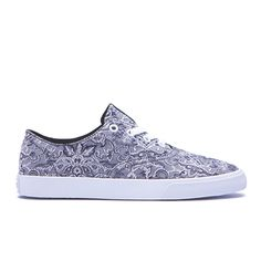825a77965b88 30 Best Women s Sneakers images