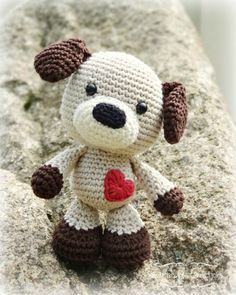 Sammy the Puppy amigurumi by Smartapple Creations