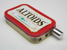 The CMOY Pocket Headphone Amplifier is a simple high quality DIY amplifier design that fits into an Altoids tin and runs many hours on a single 9V battery. GetdatGadget.com