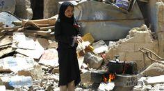 """الحرب في اليمن: """"مشاورات بين الحوثيين والأمم المتحدة والاتحاد الأوروبي"""" بشأن هدنة انسانية... - http://www.arablinx.com/%d8%a7%d9%84%d8%ad%d8%b1%d8%a8-%d9%81%d9%8a-%d8%a7%d9%84%d9%8a%d9%85%d9%86-%d9%85%d8%b4%d8%a7%d9%88%d8%b1%d8%a7%d8%aa-%d8%a8%d9%8a%d9%86-%d8%a7%d9%84%d8%ad%d9%88%d8%ab%d9%8a%d9%8a%d9%86-%d9%88/"""