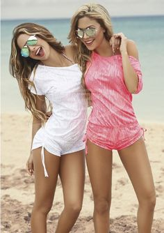 Pink and white rompers. Enterizo Poliéster . | Moda Femenina Colombiana. #fashion #style #outfit