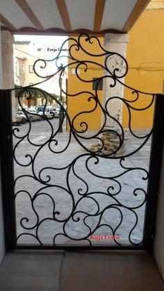 Forja Loaisa.Puerta de hierro.Brihuega