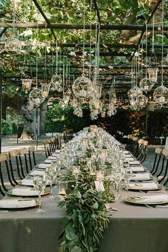 Outdoor wedding decor set up. Outdoor rustic wedding decor idea to plan a summer wedding. Garden Wedding Decorations, Wedding Themes, Wedding Centerpieces, Wedding Designs, Wedding Venues, Hanging Decorations, Green Centerpieces, Garden Weddings, Hanging Candles