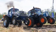 Гонки на тракторах -Tractor race