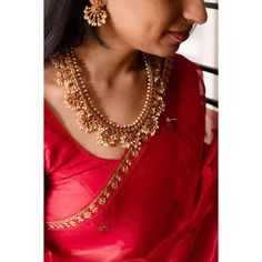 Indian Jewelry Sets, Silver Jewellery Indian, Gold Jewellery, Wedding Jewelry, Jewelry Design Earrings, Necklace Designs, Jewellery Designs, Green Chakra, Saree Jewellery