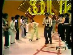 jungle boogie (this soul train clip embodies the fashion cluster fuck that was the 1970's)