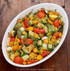 Legume la cuptor! My Favorite Food, Favorite Recipes, Good Food, Yummy Food, Romanian Food, Kung Pao Chicken, Ratatouille, Raw Food Recipes, Sweets