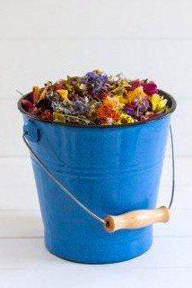 Wildflower & Petal Wedding Confetti - 5 Cups of ecology-wise flower confetti