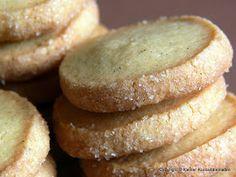 Friesenkekse sind eine sehr schlichte, aber deshalb nicht weniger leckere Keksspezialität aus (wie der Name schon richtig vermuten lässt) Os...