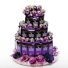 Men love chocolates but women crave chocolates! Sometimes they love chocolates more than their men! Chocolate Pack, Dairy Milk Chocolate, Chocolate World, Chocolate Gifts, Love Chocolate, Chocolate Lovers, Chocolate Hampers, Candy Bouquet Diy, Chocolate Flowers Bouquet