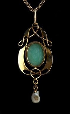 MURRLE BENNETT & Co 1896-1916 Art Nouveau Pendant   Gold Chrysoprase Marks: Marks: 'MBC' monogram & '15ct' Anglo-German, c.1900 Literature: cf. Jewelry & Metalwork in the Arts & Crafts Tradition, Elyse: