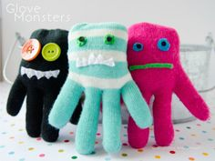 Don't you know what to do with old winter gloves? Make these Glove Monster puppets!