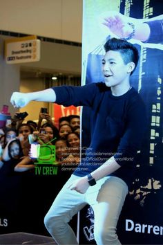 """Nae Nae"" moves with Darren Espanto at SM Parañaque #ConcertPrince #thecrowd"