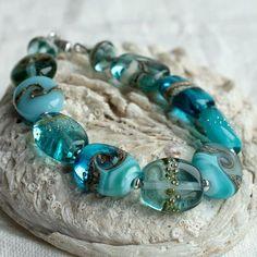 Jewelry Making Beads, Glass Jewelry, Jewelry Gifts, Beaded Jewelry, Glass Beads, Beaded Bracelets, Bead Jewellery, Diy Jewelry, Bracelet Patterns