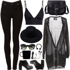 I just love the colour black for an outfit and everything about this outfit, I just absolutely love.