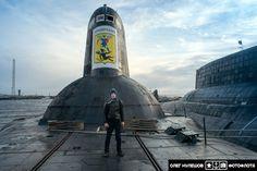 Giant Russian submarine 941 Arkhangelsk Akula Typhoon Soviet Navy, Russian Submarine, Nuclear Submarine, Nuclear Power, Yellow Submarine, Aircraft Carrier, War Machine, Water Crafts, Battleship