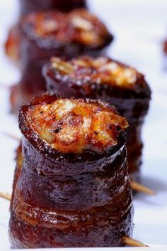 Smokes pig shots with cheddar cheese, onions, bacon. Yum!