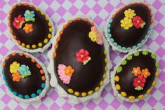 il_fullxfull-Ddv59XQa-132930 Luau Cupcakes, Cupcakes Flores, Flower Cupcakes, Easter Egg Moulds, Egg Molds, Easter Eggs, Easter Cookies, Christmas Cookies, Rainbow Flowers
