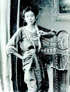 Hisociety Siamese Woman (King Rama VI reign)  สาวงามในสมัยรัชกาลที่ ๖
