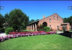 It is Always a Good Idea to Rent a Villa Rent A Villa, Villas In Italy, Outdoor Decor, Home Decor, Decoration Home, Room Decor, Home Interior Design, Home Decoration, Interior Design
