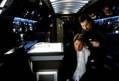 """Avión Presidencial"" (""Air Force One"", 1997). Dir. Wolfgang Petersen. Stars: Harrison Ford, Gary Oldman, Glenn Close."