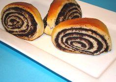 Mákos háromszög recept foto Hungarian Desserts, Hungarian Recipes, Bread Bun, Bread Rolls, Strudel, Doughnut, Bread Recipes, Sushi, Poppies