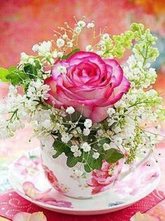 New Wedding Flowers Arrangements Pink Candles Ideas Rosen Arrangements, Wedding Flower Arrangements, Floral Arrangements, Wedding Flowers, Bouquet Wedding, Rose Bouquet, Table Arrangements, Teacup Flowers, My Flower