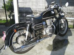 Vintage Motorcycles, Honda, Retro Bikes, Vehicles, Ships, Cars, Ideas, Old Motorcycles, Retro Bicycle
