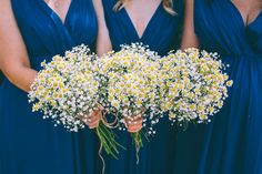 Chamomile wedding bouquets / http://www.deerpearlflowers.com/chamomile-daisies-wedding-ideas/