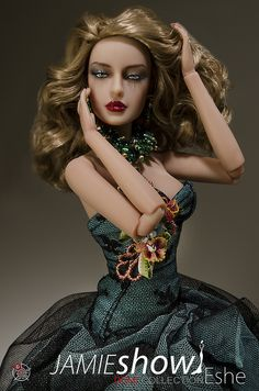 JAMIEshow Demi Couture Eshe