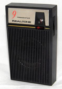 Vintage Realtone 9-Transistor Radio, Broadcast Band Only (MW), Made In Japan.
