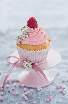 Beautiful Cake Pictures: Raspberry Topped Pink Icing Cupcake: Birthday Cupcake, Cupcakes, Cupcakes With Fruit