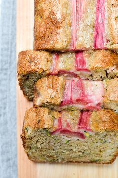 It takes only 10 minutes to get Easy Rhubarb Zucchini Bread in the oven. This sweet recipe has a perfect hint of tartness and is every bit as moist as it looks. Rhubarb Zucchini Bread, Zuchinni Bread, Zucchini Loaf, Zuchinni Recipes, Rhubarb Desserts, Rhubarb Recipes, Chocolate Loaf Cake, Breakfast Bread Recipes, Breakfast Muffins