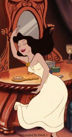 The evil Ursula/Vanessa Vanessa Little Mermaid, Little Mermaid Art, Evil Disney, Disney Nerd, Cute Disney Wallpaper, Kawaii Wallpaper, Ursula Human, Woman Sketch, Cartoon Profile Pics