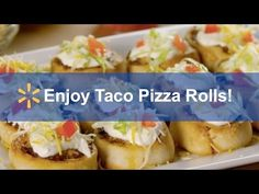 Taco Pizza Rolls: Spark Up A Simple Meal In 30 Minutes Or Less! Step Set oven to Step Cook beef and add Old El Paso taco seasoning. Beef Recipes, Mexican Food Recipes, Real Food Recipes, Cooking Recipes, Taco Pizza Rolls, Food Network, Cetogenic Diet, Kebab, Beef Dishes